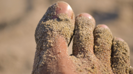 Thumbnail image for Fine sand is sticky. Thick sand is the best type for castaways