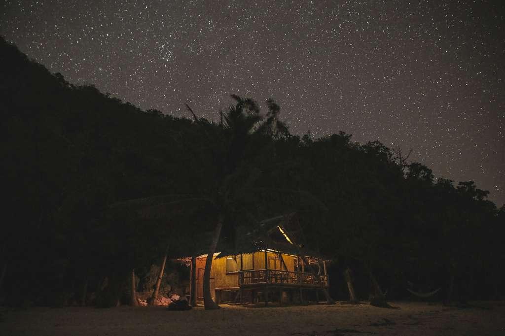 La cabaña en la isla desierta de Marooning