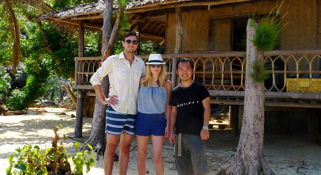 Polly y Jared junto a nuestro director de operacion, Tamiki Kato, en el último día cuando fuimos a recogerlos