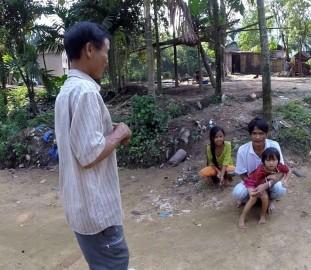 Ho Van Lang discovering women