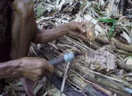 Ho Van Lang making fire