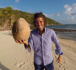 Alvaro Cerezo Docastaway Giant Largest Coconut